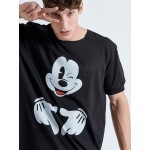 Mickey Hands T-shirt - Vagrancy lifestyle eshop for Casual men and women clothes