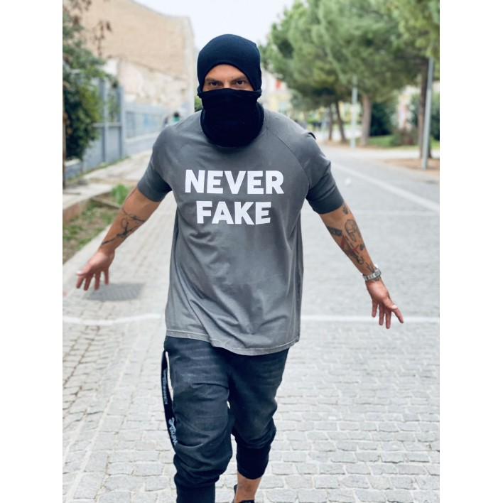 NEVER FAKE T-SHIRT - Vagrancy lifestyle eshop for Casual men and women clothes